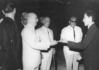 08072018 Fiesta de fin de cursos de la Esc. Municipal Torreón en el Estadio de la Revolución en junio de 1963.