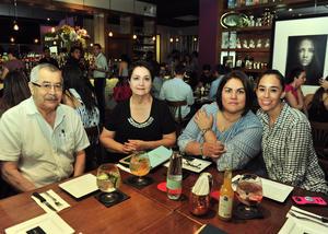 Agustín, Betty, Brenda y Vanessa