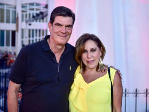 Jose Angel Perez y Nenabel Gonzalez