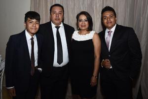 Ignacio e Ignacio Ibanez  Telma Carrillo y Alex Ibanez