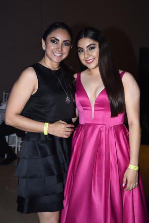 Lulu Mercado y Paulina Gamboa