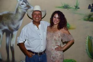 Jose Rogelio y Lola