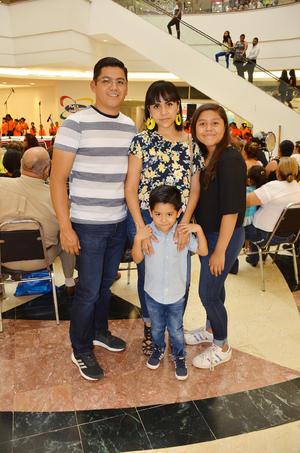 12072018 Pavel Antonio, Adriana, Ana Paola y Ángel Adrián.