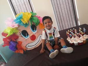 13072018 APAGA DOS VELITAS.  Jehbra Sáenz de León disfrutó de una divertida fiesta de cumpleaños.