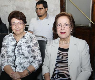 Guadalupe Peña y Patricia Canales.
