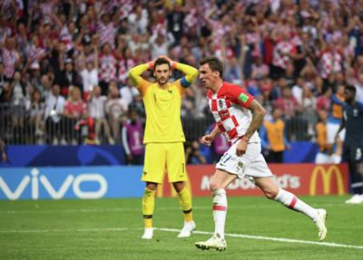 Un gran error de Lloris abrió la puerta para que Croacia le diera un susto a la defensiva francesa.