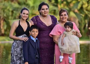 16072018 Cassandra, Priscila, Isela, Óscar y Erandy.