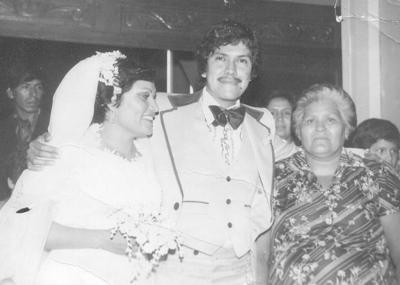 15072018 Srita. María Dolores González de la Rosa y Sr. Onésimo Geney TelloAlvarado, festejando 40 años de matrimonio, acompañados de la Sra. Manuela de la Rosa, mamá de la novia..