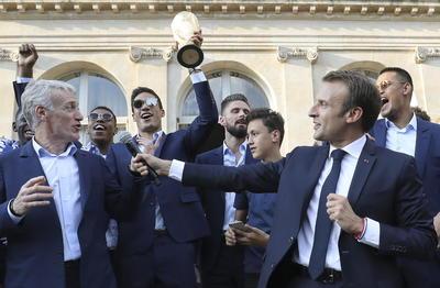 El presidente de Francia, Emmanuel Macron estuvo presente.