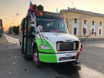 Los duranguenses que asistieron a la aventura mundialista a bordo de 'La Bendición' sufrieron un accidente la madrugada del 13 de julio.