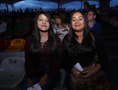 Karla y Gisela.