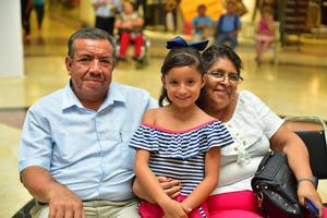 23072018 Juan José, Mela y Mari Mely.