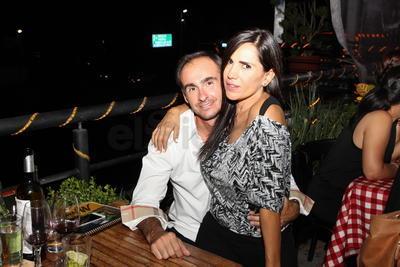 Nora Mijares y Andrea Bovelli.
