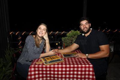 Hugo Duarte y Mariana Saravia.