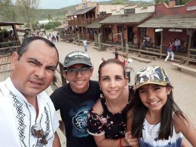 26072018 Marco, Emiliano, Estela y Ximena.