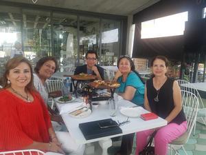 26072018 EN CONVIVENCIA.  Cintya Rodríguez, Claudia Rumayor, Pineda Damián, Olga y Carolina Castelán.