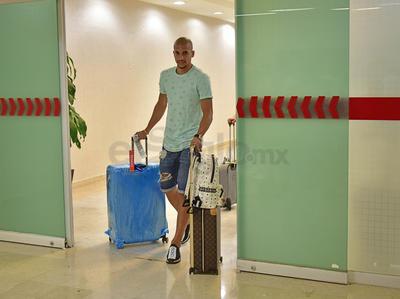 Dória se mostraba algo cansado por el largo viaje y por el retraso del vuelo que lo conectó desde la capital del país hasta la Comarca.