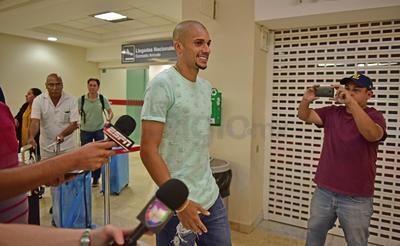 Dória dejó las filas del Yeni Malatyaspor turco para venir a Club Santos.