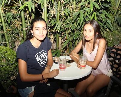 Loris Ríos y Coral Badillo.