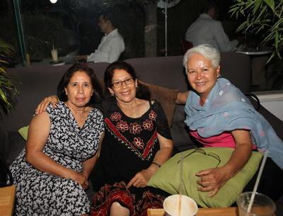 Irma Soto, Raquel Soto y Leticia Fernández.