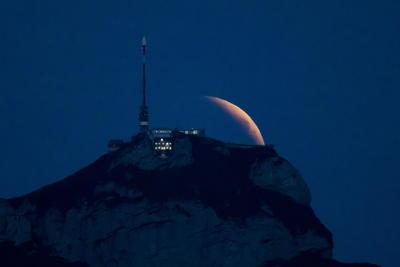 El fenómeno astronómico fue transmitido por medios internacionales.