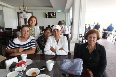 Lety Loera, Ettel Vargas,Rebeca Saracho, Ana Cano y Chayito Fernández.