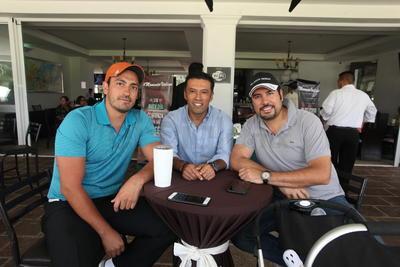 Ernesto Aguirre, Héctor Reséndiz y Luis Millán.