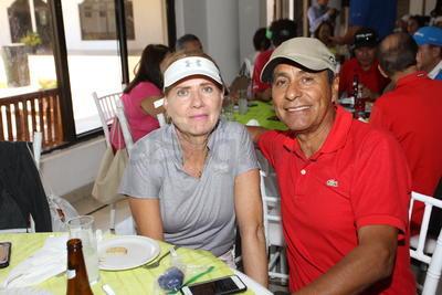 Convivencia entre golfistas