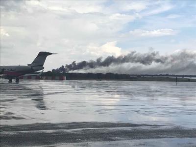 De momento las operaciones en el aeropuerto han quedado suspendidas.