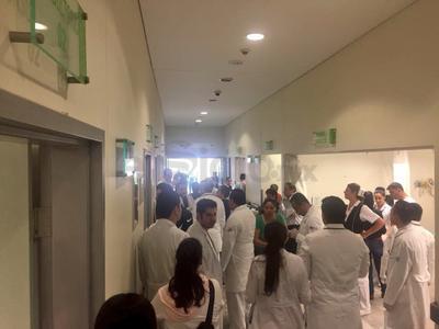 """""""Ante el percance ocurrido en el Aeropuerto Guadalupe Victoria de Durango he solicitado a los cuerpos de seguridad y emergencias atiendan el lamentable accidente"""", afirmó Aispuro Torres."""