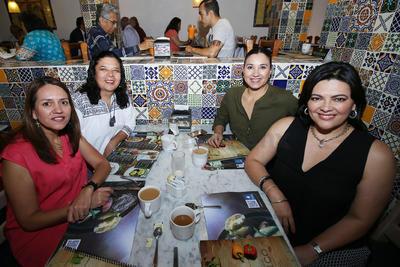 Eva, Amielia, Susy y Gabriela.