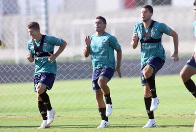 Cris Martínez, Osvaldo Martínez y Hugo Martín Nervo.
