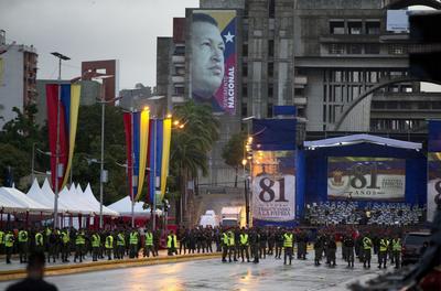 Maduro resulta ileso de presunto atentado en Caracas