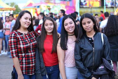 Evelyn, Keila, Andrea y Nena.