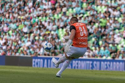 Nicolás Vikonis logró salvar a su equipo de una goleada.
