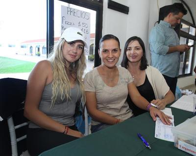 Judith Salazar, Ana Isabel Nájera y María Altamira.