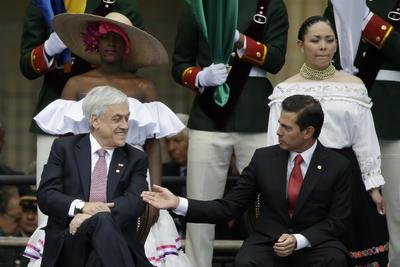 Los presidentes de Chile y México, Sebastían Piñera y Enrique Peña Nieto.