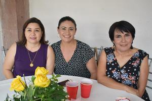 08082018 Guadalupe, Zayra y Verónica.