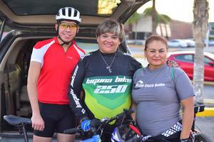08082018 Toño, Claudia y Adriana.