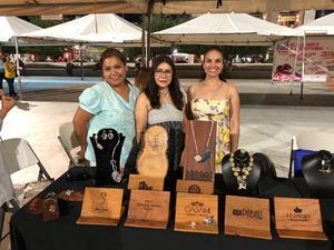 08082018 FERIA TURíSTICA 2018.  Carely González, Margarita Chimal y Rosario Olloqui, Vicepresidenta del Clúster Joyero A.C.