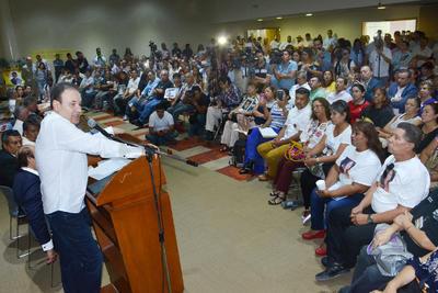 Fue encabezado por encabeza Loretta Ortiz, coordinadora de estas actividades y Alfonso Durazo, futuro secretario de Seguridad del próximo gobierno de Andrés Manuel López Obrador.