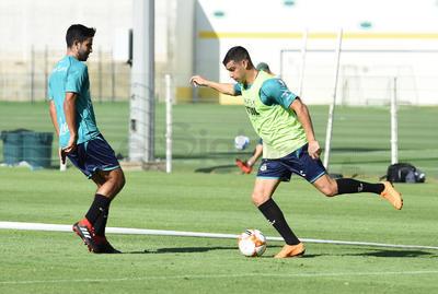 Alcoba realizó los ejercicios puestos por Salvador Reyes y su cuerpo técnico.