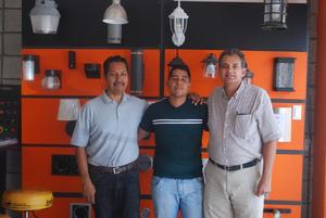 12082018 Héctor, Jaime y Jorge Luis.