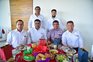13082018 Julián, Héctor, Guillermo, Álvaro, Ivonne, Velia, Lety y Delsi.