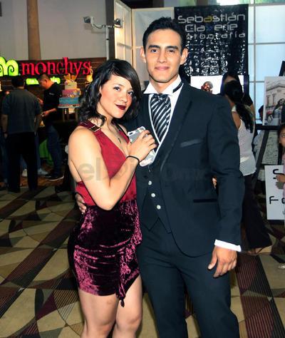 Roberto Soto y Sara Villarreal.