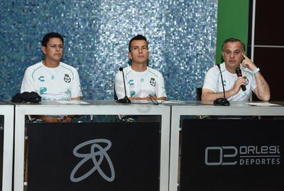 Rodríguez y Canay se incorporan al primer equipo como auxiliares del técnico Salvador Reyes.