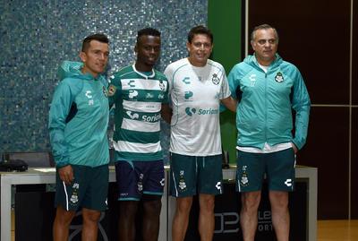 Juan Pablo Rodríguez, Déinner Quiñones, Salvador Reyes y Luis Canay.