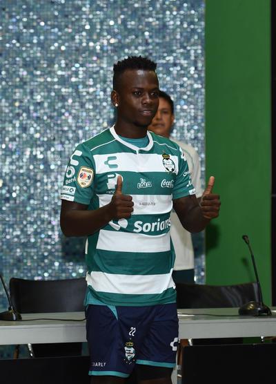 Déinner Quiñones es colombiano y llega procedente desde el Independiente de Medellín.