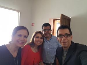 15082018 MUY CONTENTOS.  Caro Castelán, Cintya Rodríguez, Pedro Moreno y Pineda Damián.