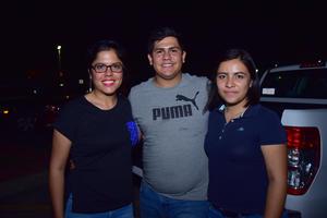 17082018 Fernanda, Víctor y Reina.